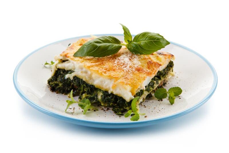 Χορτοφάγο lasagna με το σπανάκι στοκ εικόνα με δικαίωμα ελεύθερης χρήσης