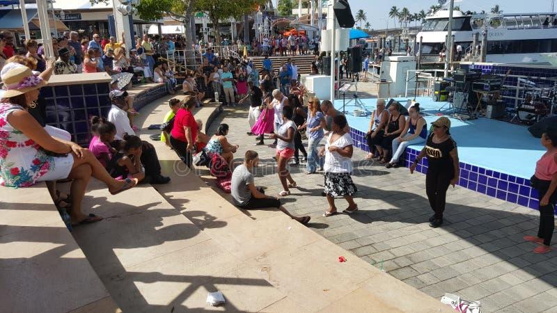 Χορός ανθρώπων του Μαϊάμι Bayside στοκ φωτογραφίες