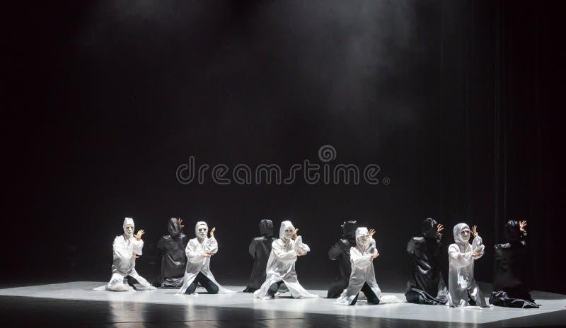 Χορός με έναν χορό ` μάσκα-Huang Mingliang ` s κανένα καταφύγιο ` στοκ φωτογραφίες με δικαίωμα ελεύθερης χρήσης
