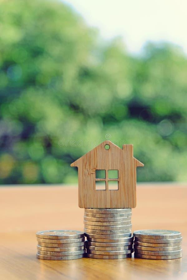 Χρήματα για την κατοικία στοκ εικόνα