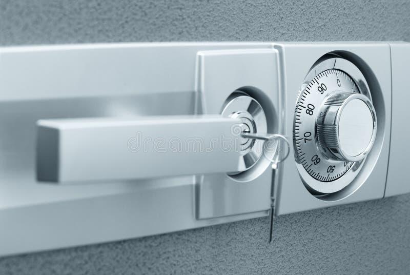 χρηματοκιβώτιο κλειδωμά στοκ φωτογραφία με δικαίωμα ελεύθερης χρήσης