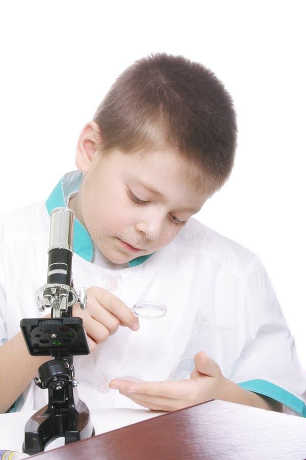 χρησιμοποίηση ενίσχυσης κατσικιών γυαλιού στοκ φωτογραφία με δικαίωμα ελεύθερης χρήσης