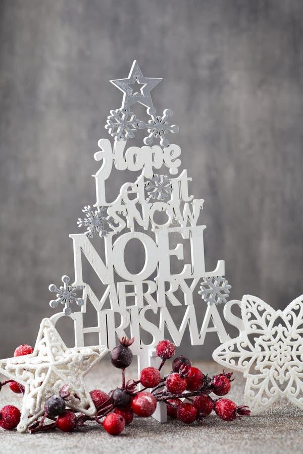 Χριστουγεννιάτικο δέντρο, επιθυμία Noel, ερυθρελάτες των επιστολών στοκ φωτογραφία