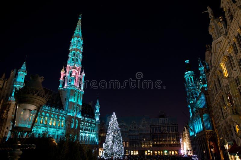 Χριστουγεννιάτικο δέντρο στη μεγάλη θέση, Βρυξέλλες στοκ φωτογραφίες με δικαίωμα ελεύθερης χρήσης