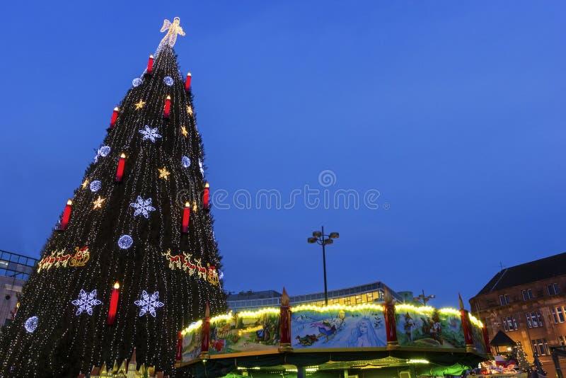 Χριστουγεννιάτικο δέντρο στο Ντόρτμουντ στη Γερμανία στοκ εικόνες