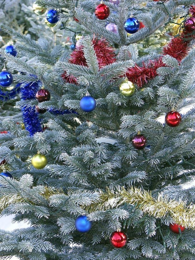 Download χριστουγεννιάτικο δέντρο στοκ εικόνα. εικόνα από χρυσός - 377843