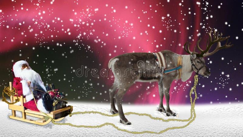 Χριστούγεννα, Άγιος Βασίλης με το έλκηθρο και τάρανδος στο χιόνι στοκ εικόνες με δικαίωμα ελεύθερης χρήσης