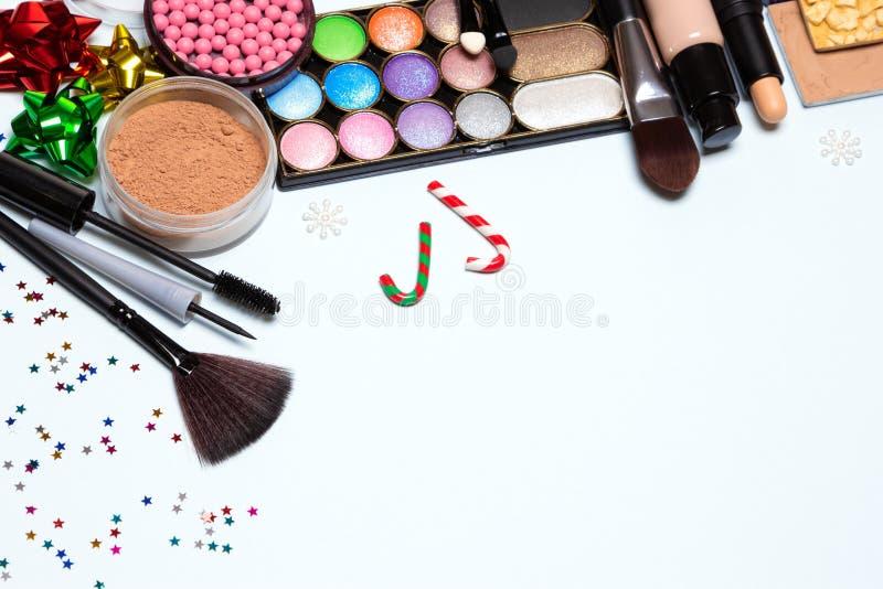 Χριστούγεννα ή νέο υπόβαθρο κομμάτων έτους makeup, ελεύθερου χώρου για το te στοκ εικόνα με δικαίωμα ελεύθερης χρήσης