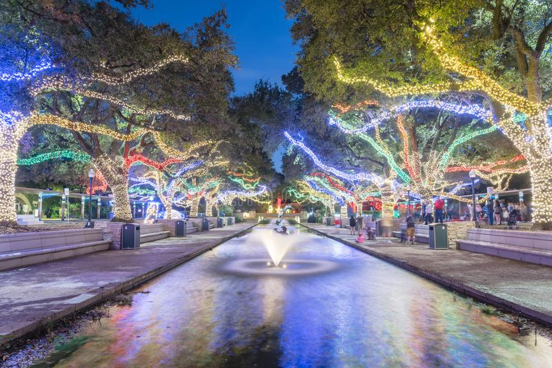 Χριστούγεννα και νέος φωτισμός εορτασμού έτους στο Χιούστον, Τέξας, U στοκ φωτογραφία