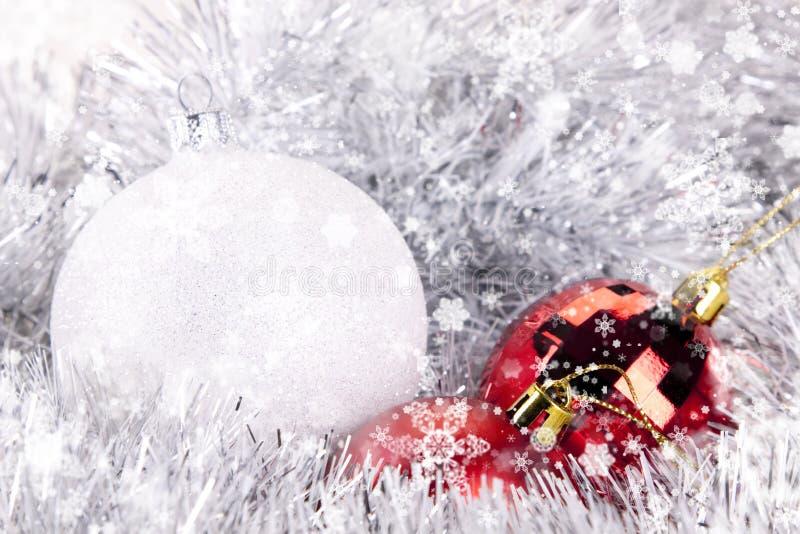 Download Χριστούγεννα μπιχλιμπιδι στοκ εικόνες. εικόνα από κόκκινος - 17057542