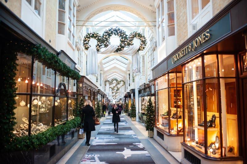 Χριστούγεννα στο Μπέρλινγκτον Arcade στο Λονδίνο στοκ εικόνες με δικαίωμα ελεύθερης χρήσης