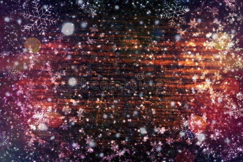 Χριστούγεννα υποβάθρου, νέο έτος Σκοτεινή ξύλινη σύσταση με άσπρα snowflakes καφετί δάσος σύστασης Υπόβαθρο των παλαιών επιτροπών στοκ εικόνες