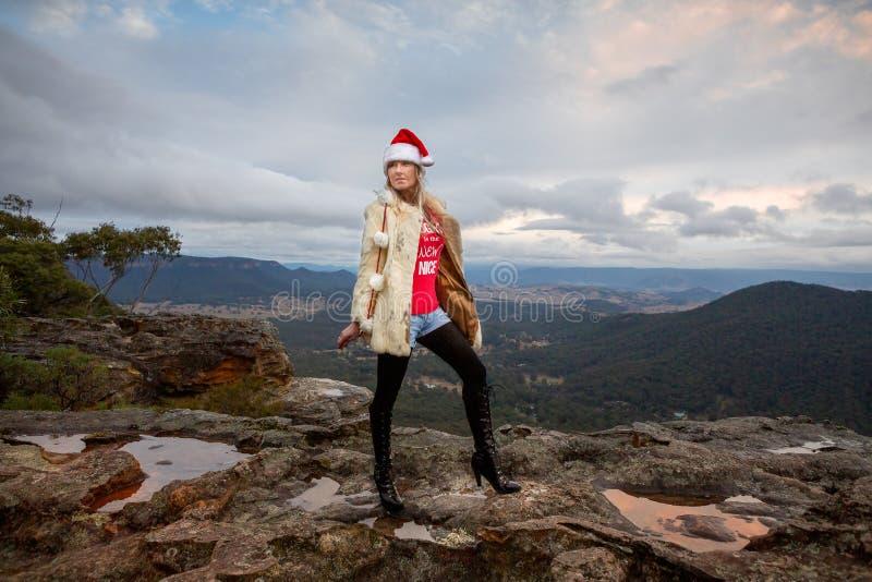 Χριστούγεννα Boho στα βουνά στοκ εικόνες