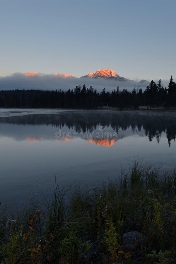 χρυσά βουνά στοκ φωτογραφία με δικαίωμα ελεύθερης χρήσης