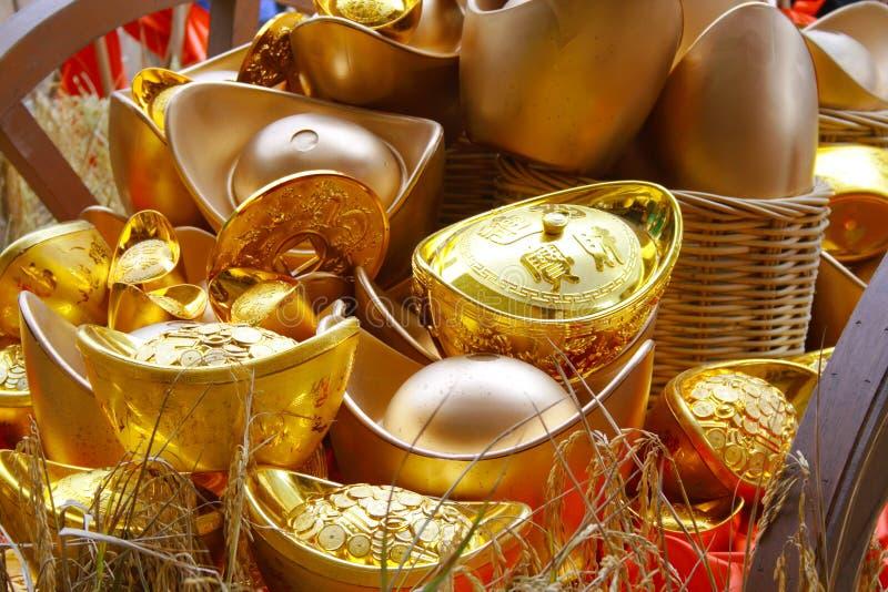 χρυσά χρήματα στοκ εικόνες