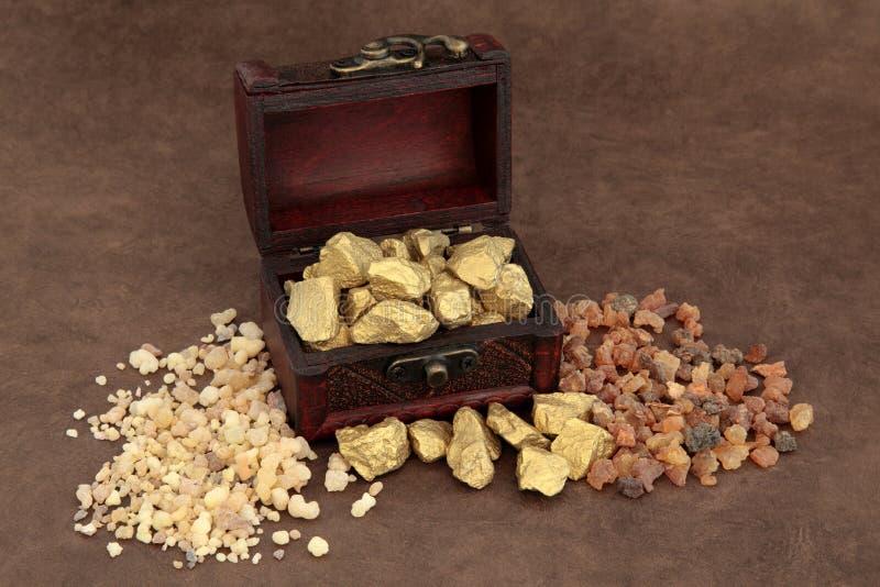 Χρυσά Frankincense και Myrrh στοκ φωτογραφία