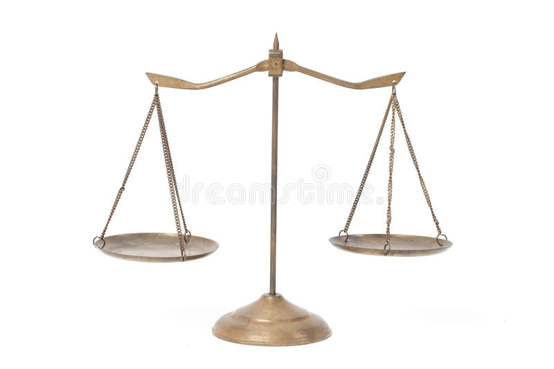Χρυσές κλίμακες ορείχαλκου της δικαιοσύνης στοκ εικόνες