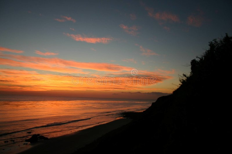 Download χρυσή απόχρωση φθινοπώρου στοκ εικόνες. εικόνα από ωκεανός - 105492