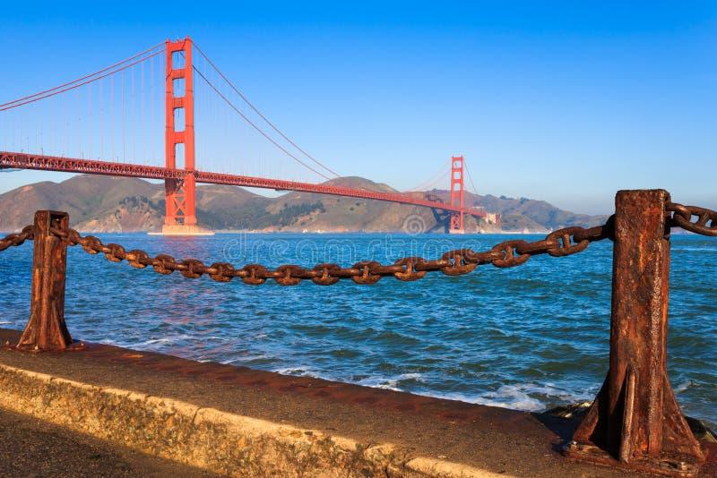 Χρυσή γέφυρα πυλών το πρωί στοκ φωτογραφίες
