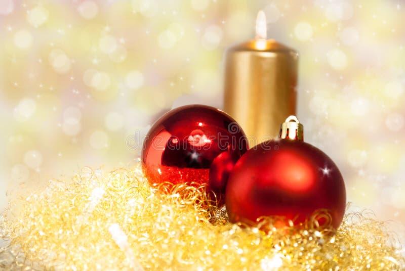 Χρυσή και κόκκινη διακόσμηση Χριστουγέννων στοκ φωτογραφία με δικαίωμα ελεύθερης χρήσης