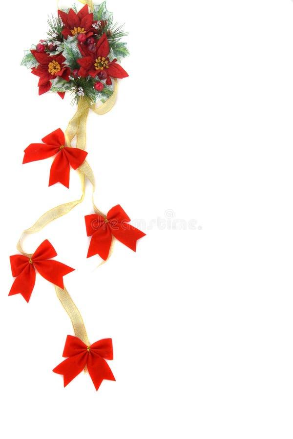 χρυσή κορδέλλα poinsettia διακο&s στοκ φωτογραφίες