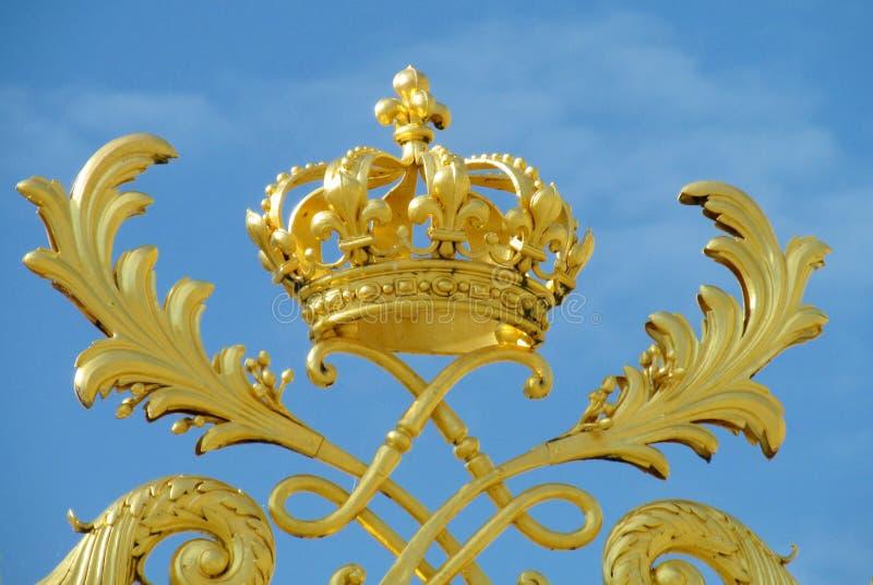 Χρυσή κορώνα διακοσμήσεων στοκ εικόνα με δικαίωμα ελεύθερης χρήσης