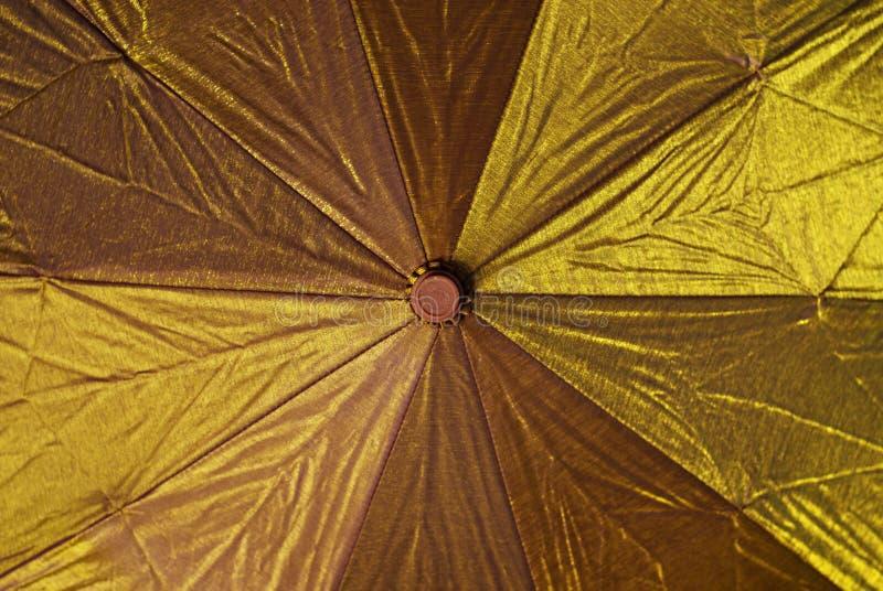 χρυσή ομπρέλα στοκ φωτογραφίες με δικαίωμα ελεύθερης χρήσης