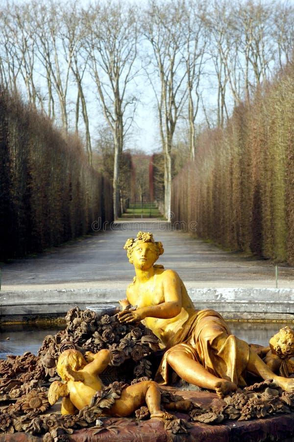 Χρυσή πηγή του παλατιού των Βερσαλλιών στοκ φωτογραφία