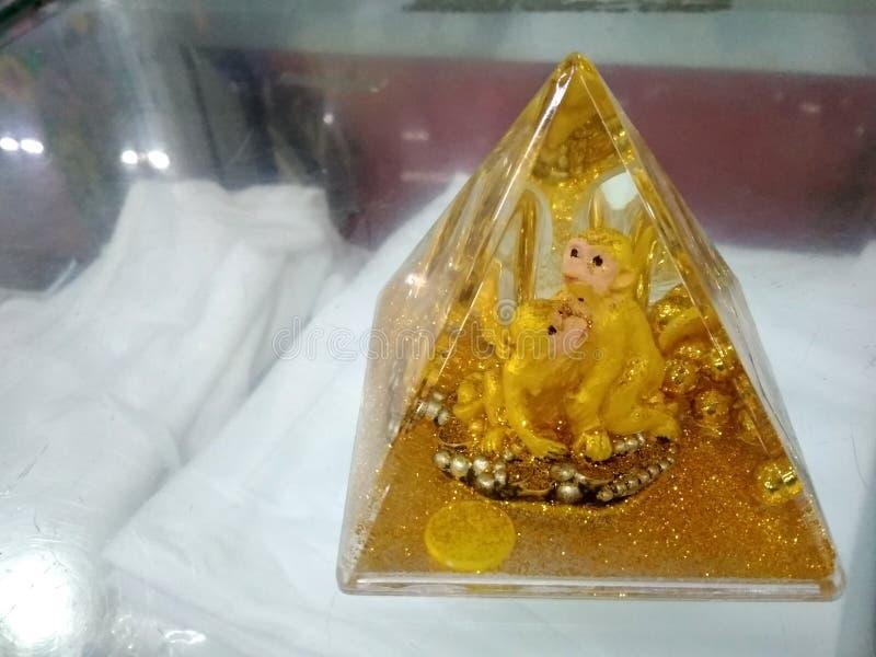 Χρυσή πυραμίδα πιθήκων στοκ φωτογραφία με δικαίωμα ελεύθερης χρήσης