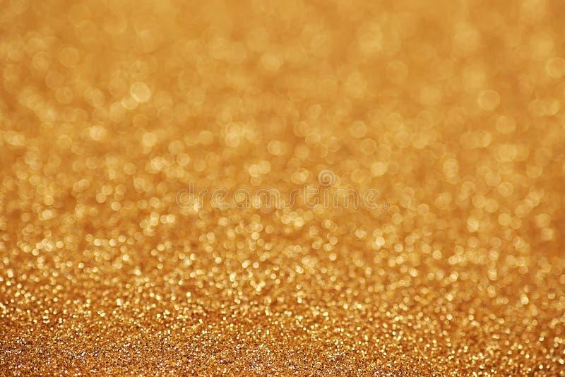 Χρυσός λαμπιρίζοντας τάπητας ψηγμάτων Άποψη κινηματογραφήσεων σε πρώτο πλάνο, πολύ στοκ φωτογραφία με δικαίωμα ελεύθερης χρήσης