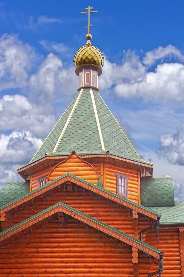 Χρυσός θόλος του ναού στοκ φωτογραφία