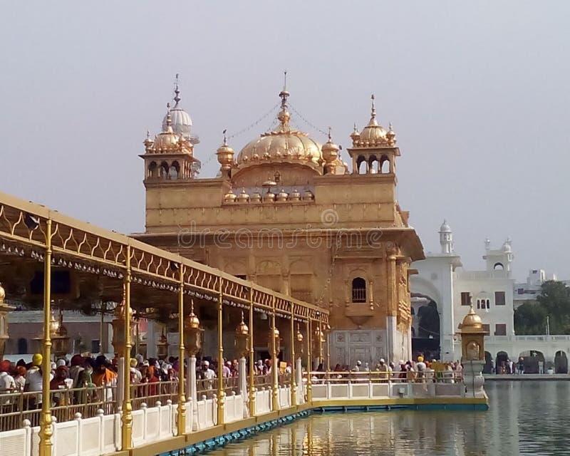 Χρυσός ναός στο Αμρίτσαρ Ινδία, πλήρης όψη του Χρυσού Ναού, ομορφιά του Χρυσού Ναού στοκ φωτογραφία με δικαίωμα ελεύθερης χρήσης