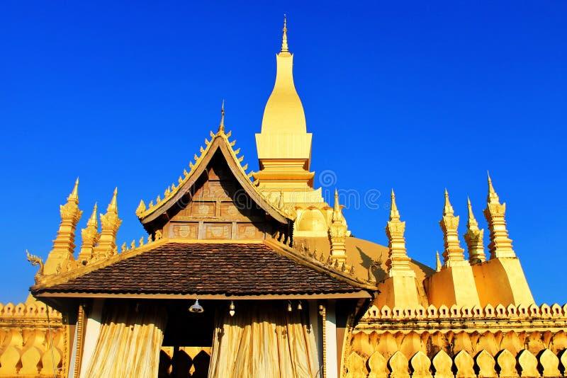 Download χρυσός ναός στοκ εικόνες. εικόνα από άγαλμα, μοναχός - 22788628