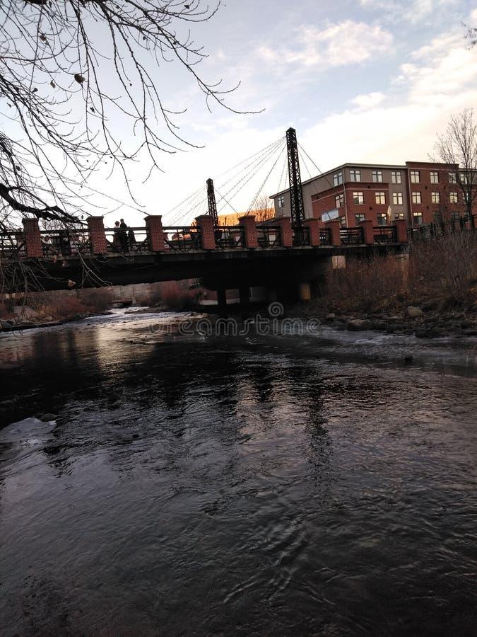 Χρυσός περίπατος κολπίσκου γεφυρών στοκ εικόνες με δικαίωμα ελεύθερης χρήσης