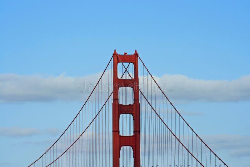 χρυσός πύργος πυλών γεφυρών στοκ εικόνες