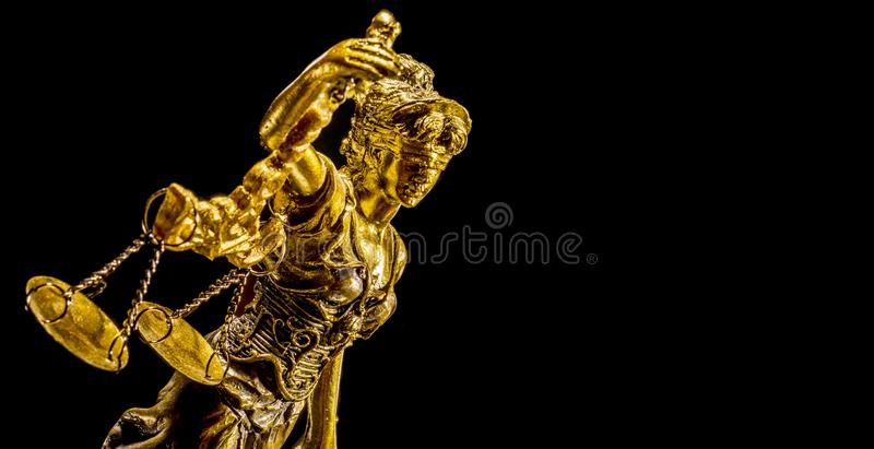 Χρυσό άγαλμα της κυρίας δικαιοσύνη στοκ φωτογραφία με δικαίωμα ελεύθερης χρήσης