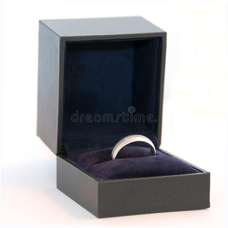 χρυσό γαμήλιο λευκό δαχ&tau στοκ εικόνες