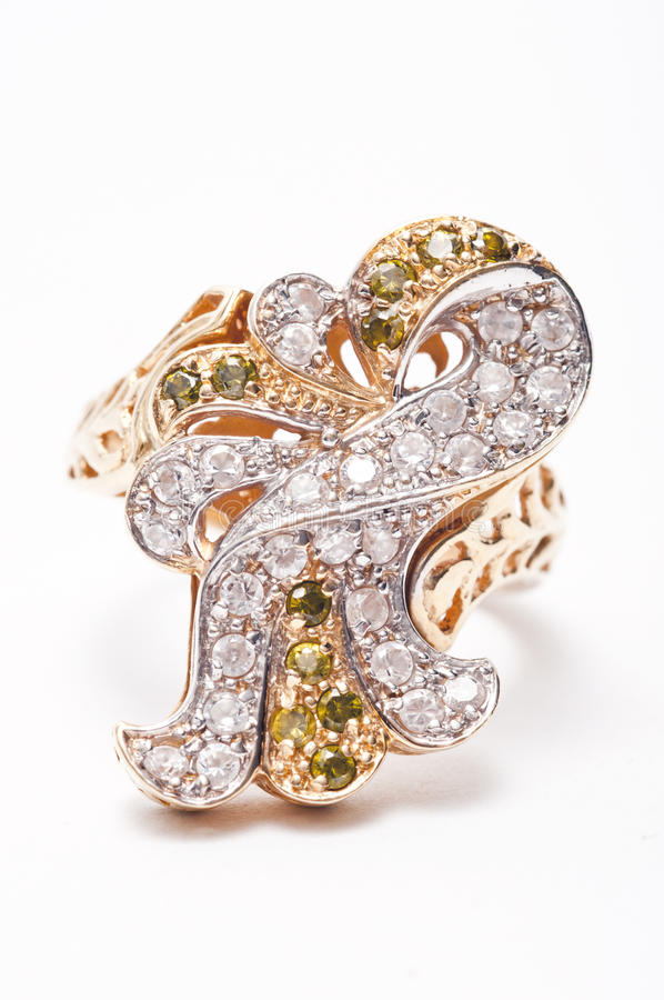 χρυσό δαχτυλίδι κοσμημάτ&ome στοκ εικόνα με δικαίωμα ελεύθερης χρήσης