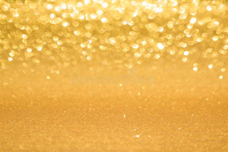 Χρυσό θολωμένο υπόβαθρο στοκ εικόνα με δικαίωμα ελεύθερης χρήσης