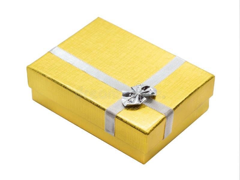 Χρυσό κιβώτιο δώρων με την κορδέλλα στοκ εικόνα