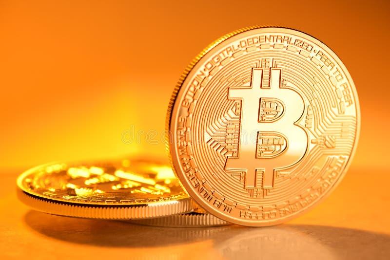 Χρυσό νόμισμα Bitcoin στοκ εικόνες