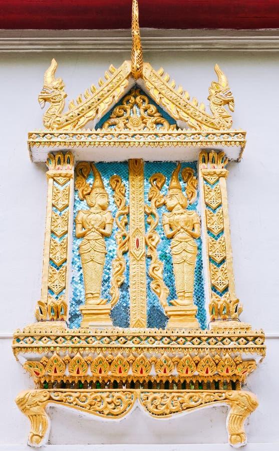 χρυσό ταϊλανδικό παράθυρο  στοκ φωτογραφία