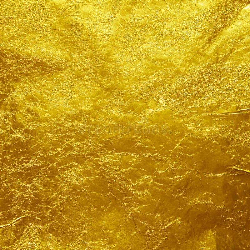 Χρυσό υπόβαθρο σύστασης φύλλων αλουμινίου στοκ φωτογραφίες με δικαίωμα ελεύθερης χρήσης