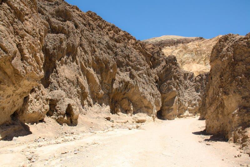 Χρυσό φαράγγι, κοιλάδα θανάτου, Νεβάδα στοκ φωτογραφία