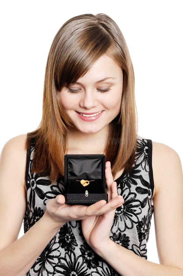Χρυσό δώρο βαλεντίνων στοκ εικόνες