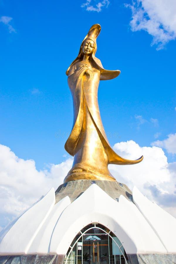 Χρυσό Guanyin στοκ εικόνες