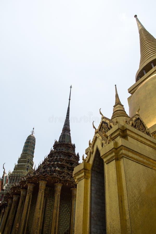 Χρυσό stupa στοκ εικόνες με δικαίωμα ελεύθερης χρήσης