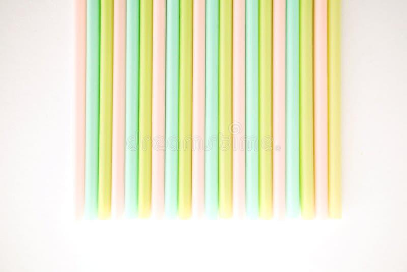 Χρωματισμένα tubules για το χυμό και τα κοκτέιλ στοκ φωτογραφία με δικαίωμα ελεύθερης χρήσης