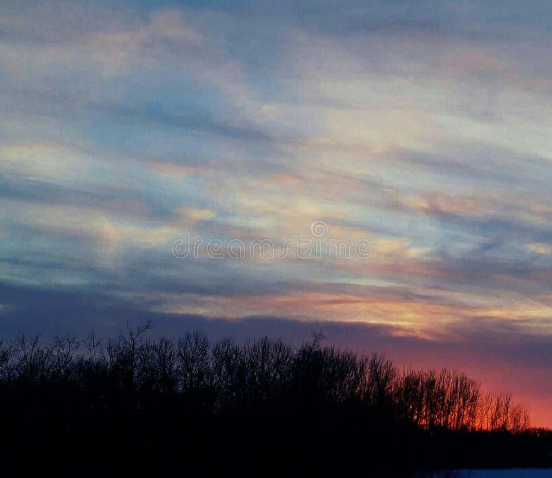 χρωματισμένος ουρανός στοκ φωτογραφία με δικαίωμα ελεύθερης χρήσης