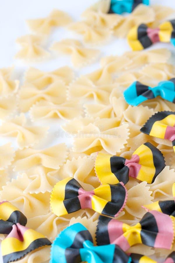 χρωματισμένος σίτος semilina ζυμαρικών σκληρών σιταριών στοκ εικόνες με δικαίωμα ελεύθερης χρήσης